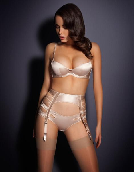 nifika-esorouxa-agent-provocateur-collection-2013_6