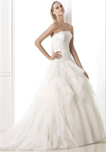 atelier-pronovias-wedding-dresses-collection-fall-2014_9