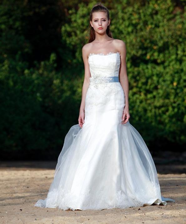 augusta_jones_bridal_collection_winter_2012_2