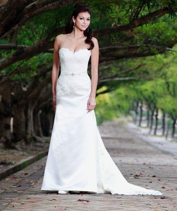 augusta_jones_bridal_collection_winter_2012_25