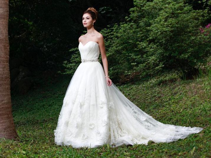 augusta_jones_bridal_collection_winter_2012_26