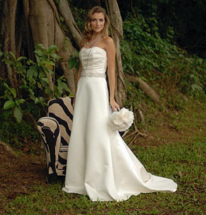 augusta_jones_bridal_collection_winter_2012_7