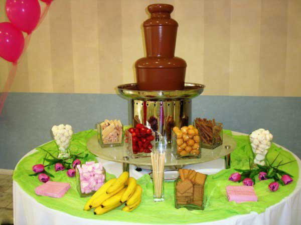 chocolate_queen_vaftisi_gamos_big-fountain