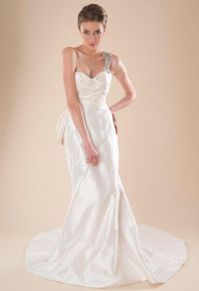 cocoe-voci-wedding-dresses-collection-spring-2014_3