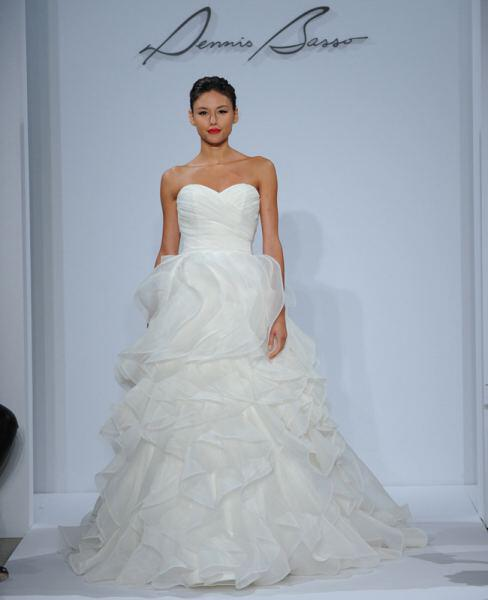 dennis-basso-wedding-dresses-collection-spring-2014_11