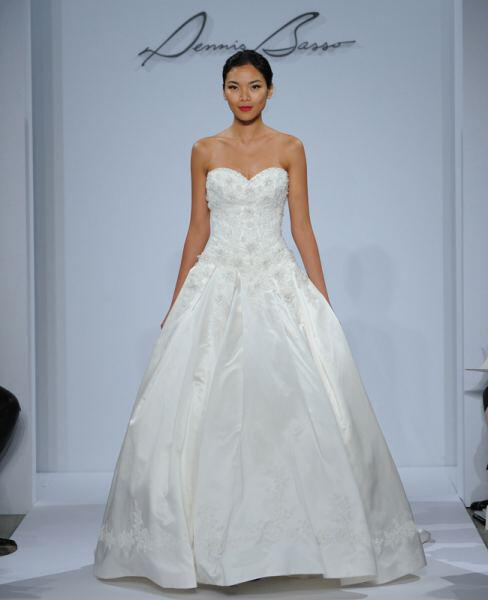 dennis-basso-wedding-dresses-collection-spring-2014_9