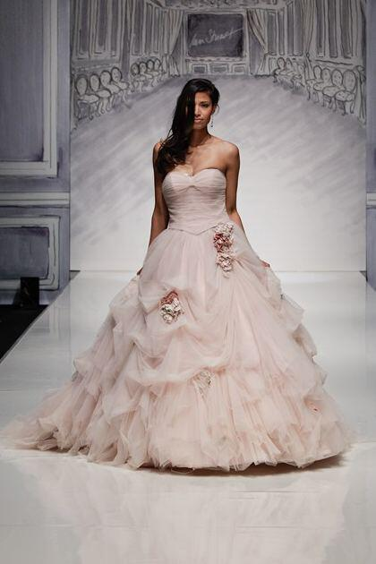 ian-stuart-bridal-spring-2014-collection_1