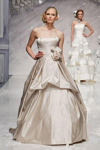 ian-stuart-bridal-spring-2014-collection_5