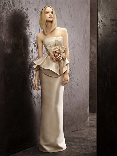 fall-2012-wedding-dress-white-by-vera-wang-bridal-gowns-vw351141-full_