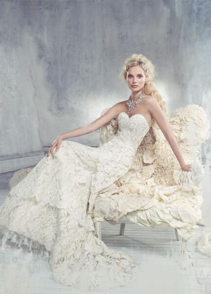 nifika-2013_alvina-valenta-bridal-lace-satin-faced-taffeta-fluted-gown-sweetheart-neck-flower-natural-waist-tiered-9305_zm