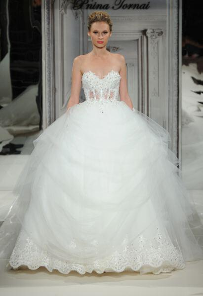 pnina-tornai-wedding-dresses-collection-spring-2014_17