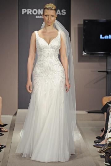 pronovias-wedding-dresses-collection-spring-2014_1