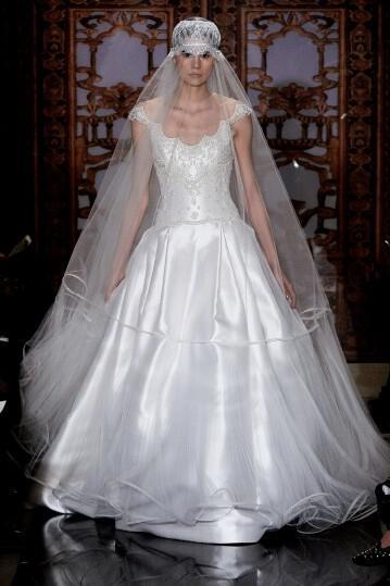 reem-acra-spring-2014-bridal-collection_5