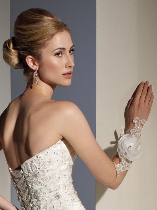 sophia-tolli_bridal_dresses_collection_winter_2012_13