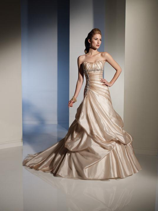 sophia-tolli_bridal_dresses_collection_winter_2012_15