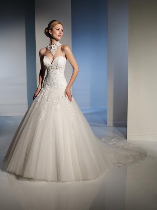 sophia-tolli_bridal_dresses_collection_winter_2012_17