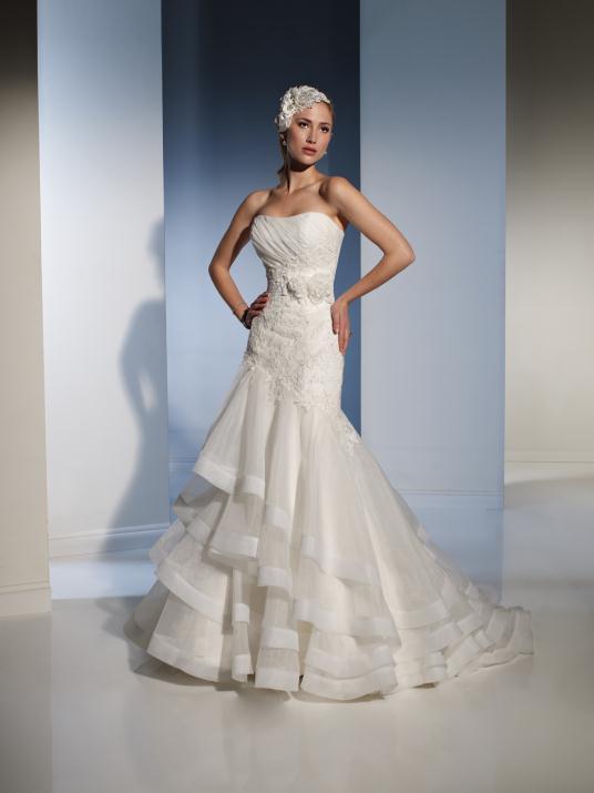 sophia-tolli_bridal_dresses_collection_winter_2012_19