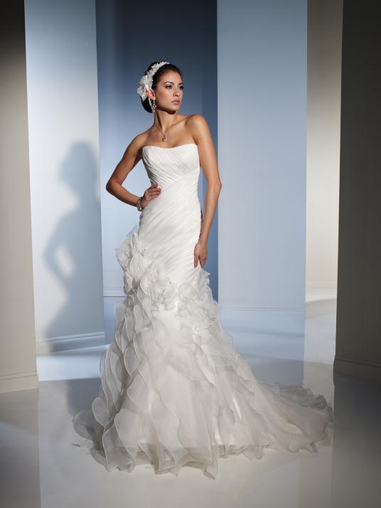 sophia-tolli_bridal_dresses_collection_winter_2012_22