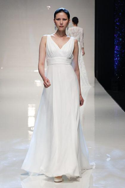 stewart-parvin-bridal-spring-2014-collection_15