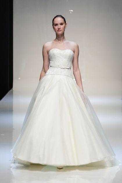 stewart-parvin-bridal-spring-2014-collection_16