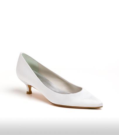 stuart_weitzman_bridal_shoes_collection_winter_2012_15