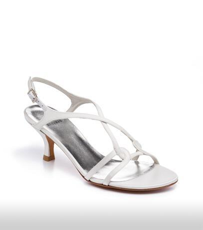 stuart_weitzman_bridal_shoes_collection_winter_2012_16