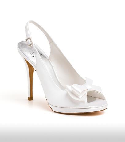 stuart_weitzman_bridal_shoes_collection_winter_2012_18