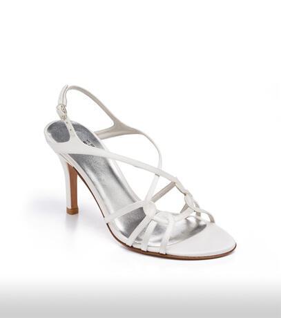 stuart_weitzman_bridal_shoes_collection_winter_2012_6