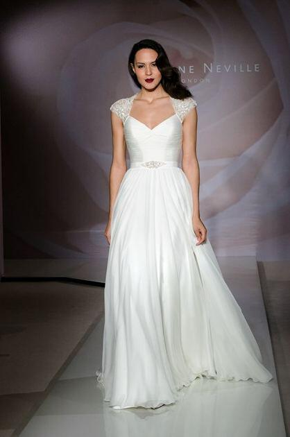 suzanne-neville-bridal-2014-collection_10