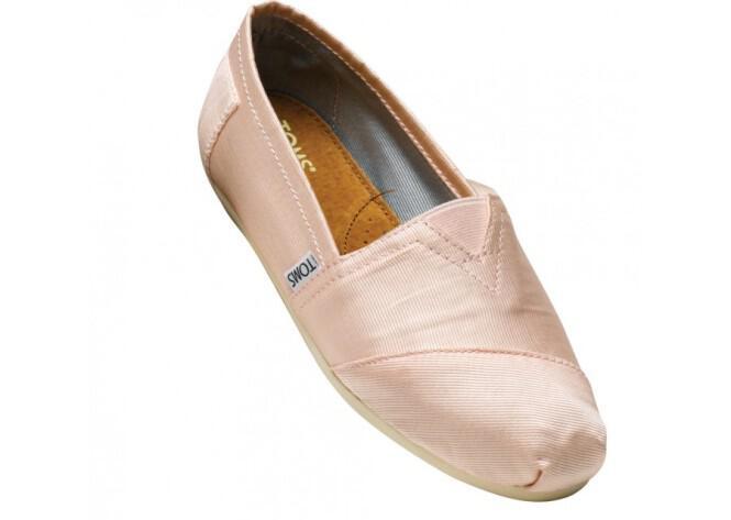 toms-bridal-shoes-summer-2013_12