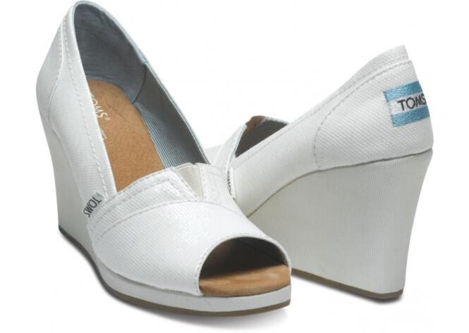 toms-bridal-shoes-summer-2013_14