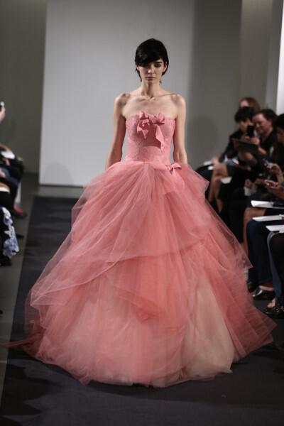 vera-wang-bridal-collection-fall-2014-15