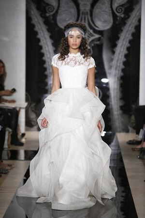 wedding-dresses-with-sleeves-ss-2014_acra_109