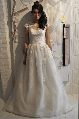 wedding-dresses-with-sleeves-ss-2014_davidsbridal_075