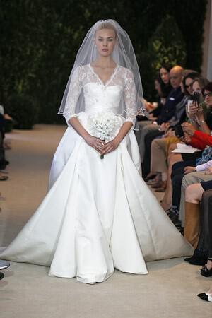 wedding-dresses-with-sleeves-ss-2014_herrera_207