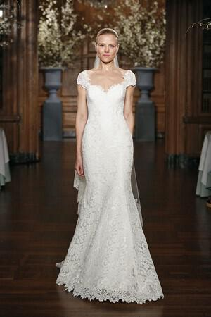 wedding-dresses-with-sleeves-ss-2014_keveza%20legends_048