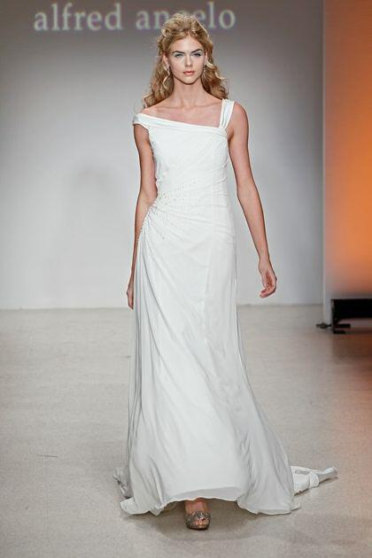wedding-dresses-with-straps-2014_4