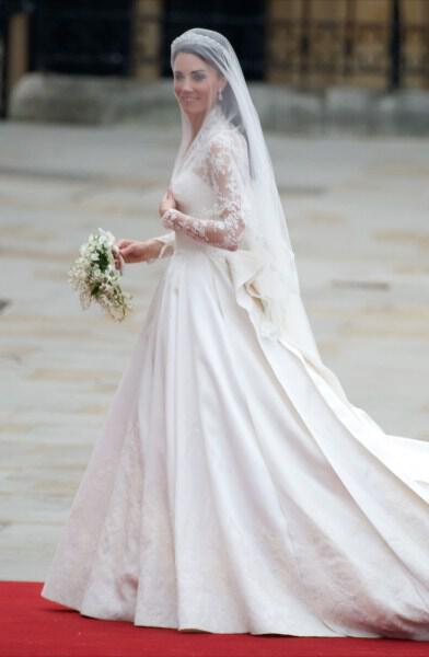 kate-middleton-wedding-dress-sarah-burton-full-length