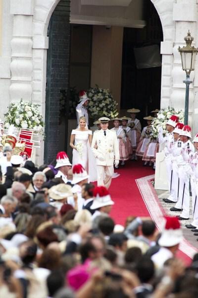 prince-albert-charlene-wittstock-religious-ceremony-royal-wedding-25