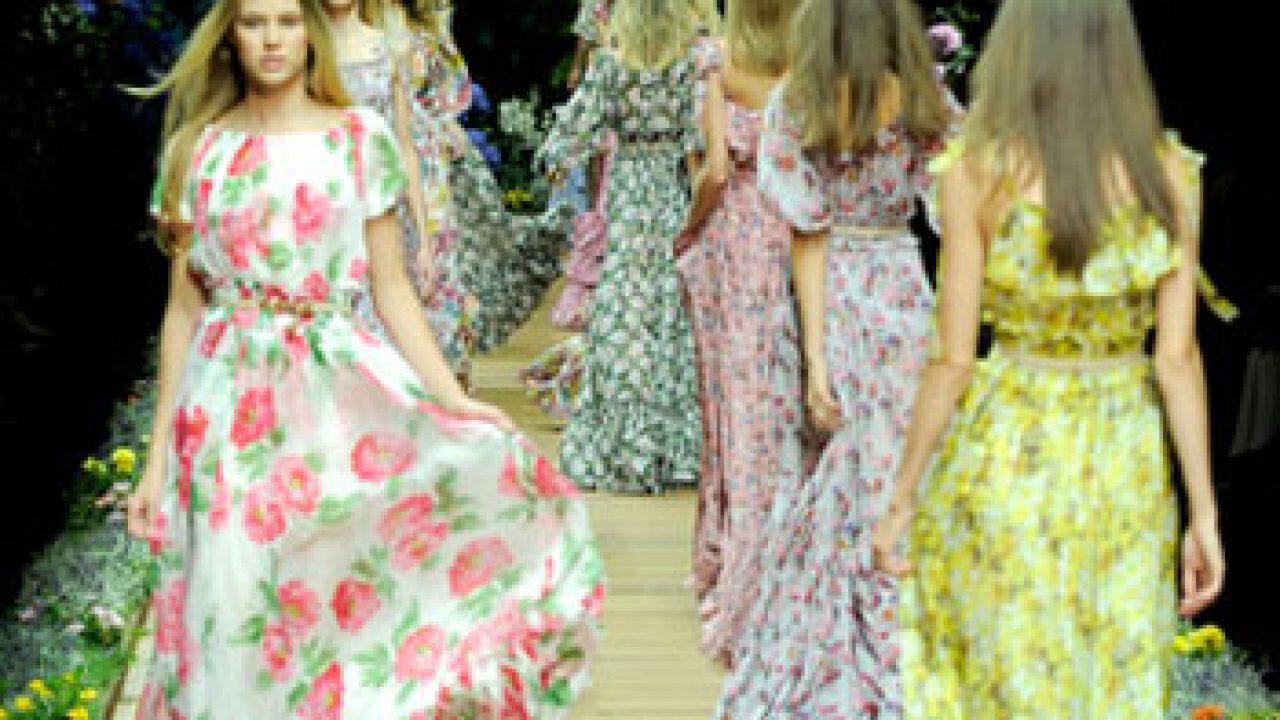 0cd85852056c Βραδυνά Φορέματα 2011 Collection Άνοιξη – Καλοκαίρι