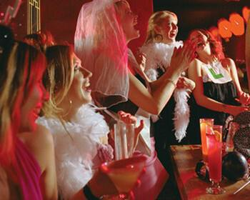 bachelor party nifi 1 350x280 - Μέρη για το bachelor party νύφης