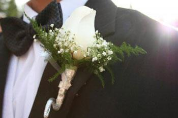 boutonniere by estherc - Ο σωστός κουμπάρος