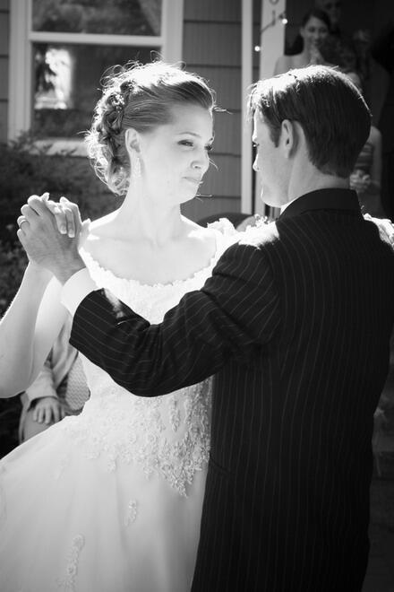 10 tips για να επιβιώστε απο τον πρώτο χορό