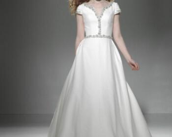 nyfika faidra Fashion Princess collection 2011 3 350x280 - Fedra.gr Fashion & Princess collection 2011