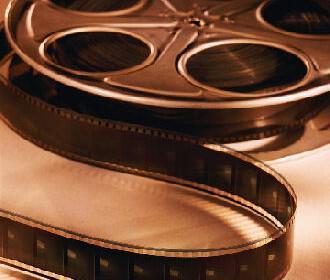 tainia gamos cinema2 330x280 - 10 ταινίες που πρέπει να δεις πριν παντρευτείς - 1/3