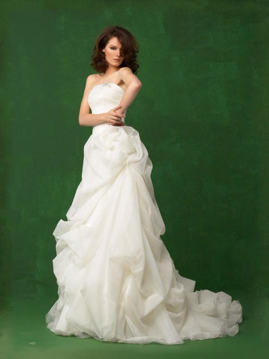1437 - Νυφικά Ioanna Mitroussi 2012