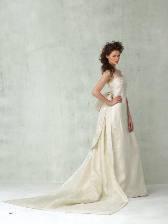 1452 - Νυφικά Ioanna Mitroussi 2012