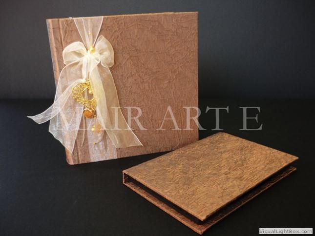 211 - Χειροποίητα καλλιτεχνικά βιβλία ευχών και άλμπουμ by MAIRARTE