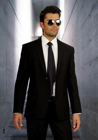 41 - Ανδρικά γαμπριάτικα κοστούμια MANOUEL