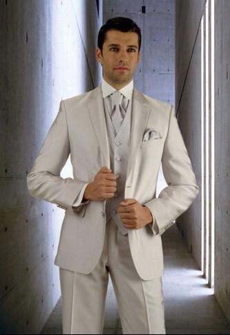 72 - Ανδρικά γαμπριάτικα κοστούμια MANOUEL